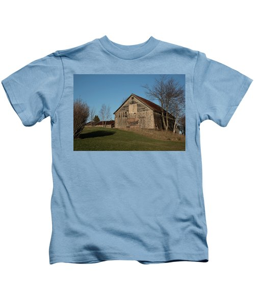 Old Barn On A Hill Kids T-Shirt