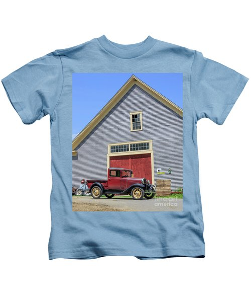 Old Ford Model A Pickup In Front Barn Kids T-Shirt