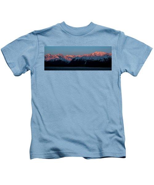 Pink Peaks  Kids T-Shirt