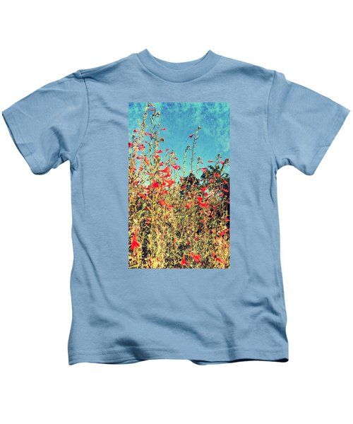 Red Trumpets Playing Kids T-Shirt