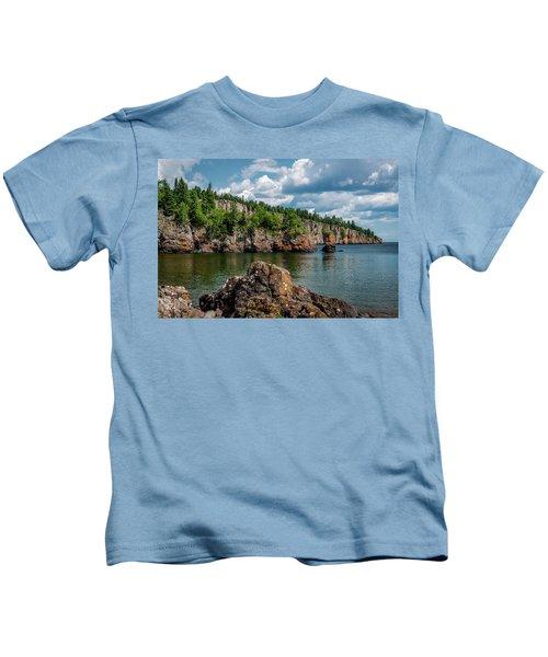 Shovel Point  Kids T-Shirt