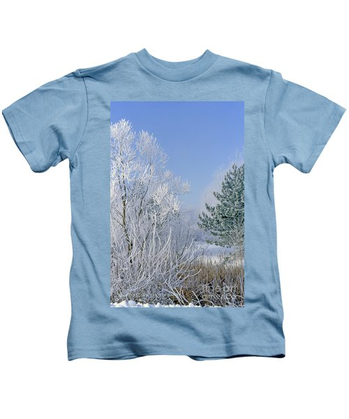 2a357 Snow Covered Trees At Alum Creek State Park Kids T-Shirt