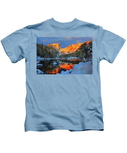 Snowy Dawn At Dream Lake Kids T-Shirt