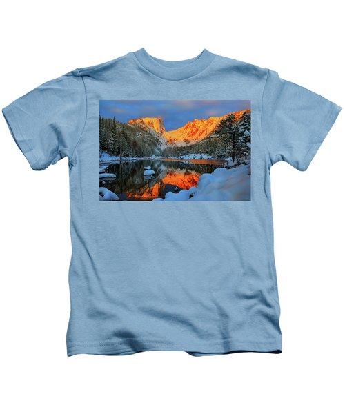 Snowy Dawn At Dream Lake Kids T-Shirt