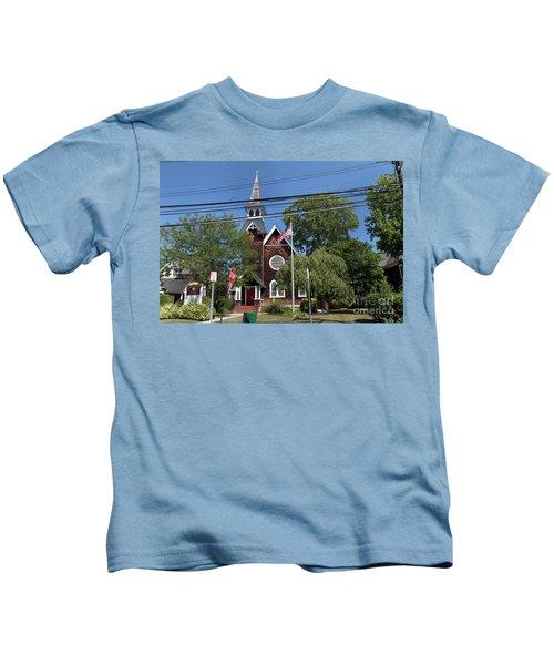St Pauls Episcopal Church Patchogue Kids T-Shirt
