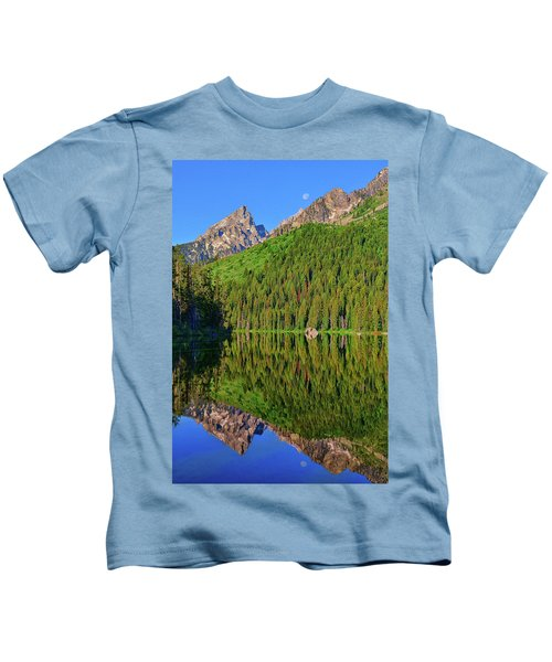 String Lake Morning Mirror Kids T-Shirt