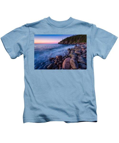Sunrise At Boulder Beach Acadia Np Kids T-Shirt