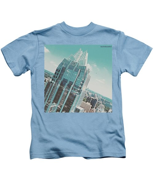 #upclose And Personal With The Frost Kids T-Shirt