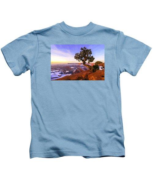 Winter At Dead Horse Kids T-Shirt