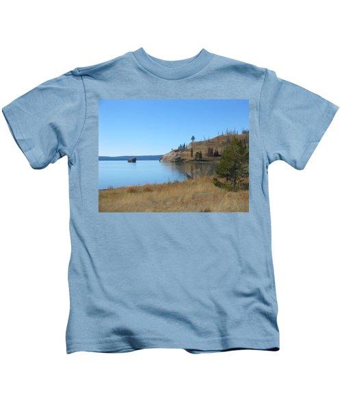 Yellowstone Lake Se Kids T-Shirt