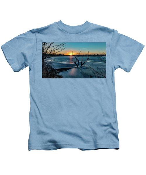 2019-012/365 January Sunset Kids T-Shirt
