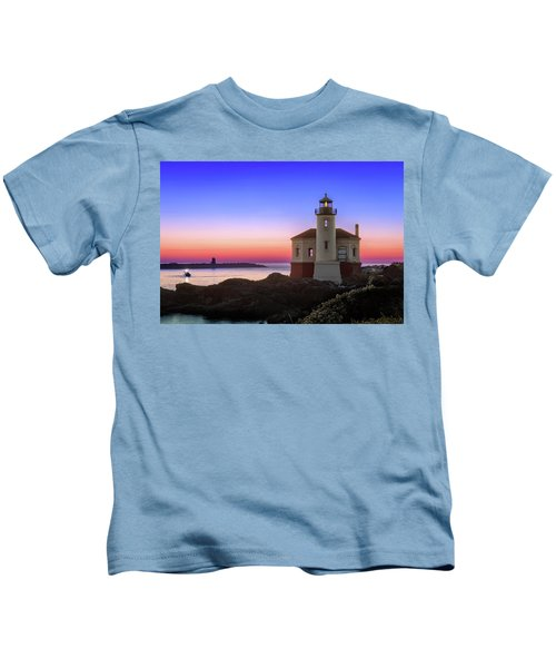 Crab Boat At The Bandon Lighthouse Kids T-Shirt