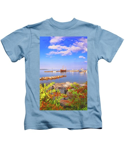 Evening At The York River In Yorktown Virginia Kids T-Shirt