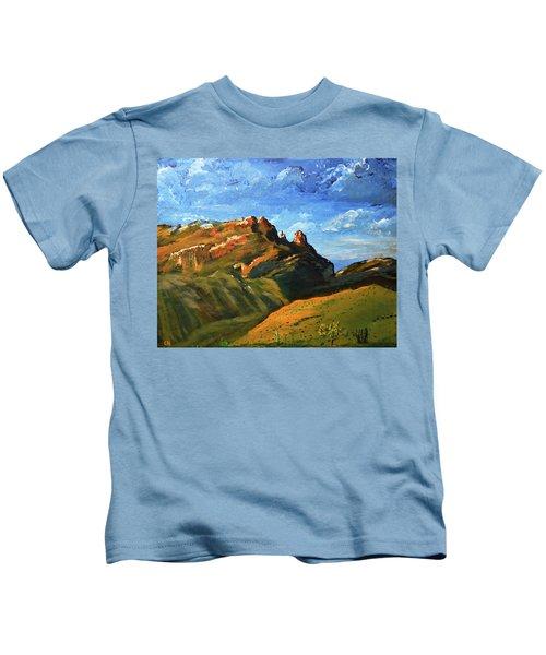 Finger Rock Splendor  Kids T-Shirt