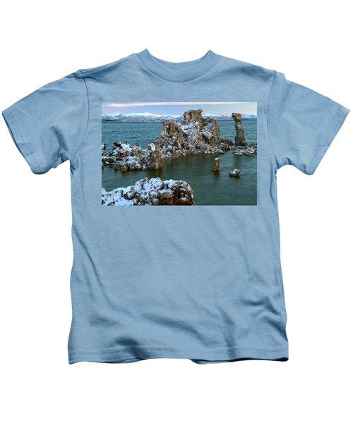 Mono Lake Tufa Towers Sunrise Kids T-Shirt