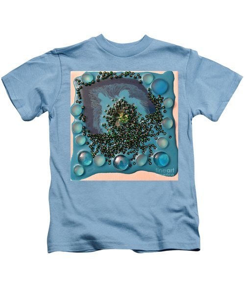 Resin-on Canvas 46 Kids T-Shirt
