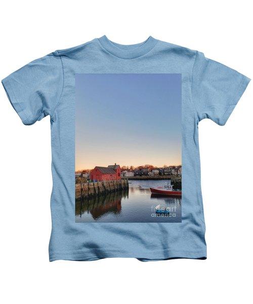Rockport Massachusetts  Kids T-Shirt