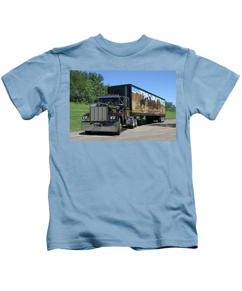 Smokey And The Bandit Tribute Kenworth W900 Black And Gold Semi Truck Kids T-Shirt