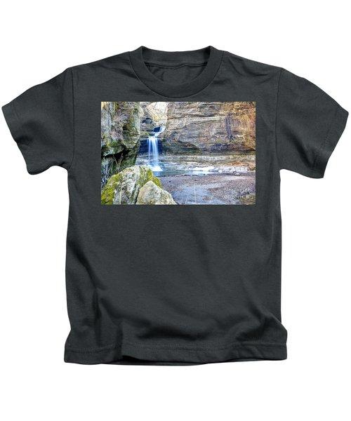 0940 Cascade Falls - Matthiessen State Park Kids T-Shirt