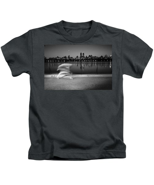 Night Jogger Central Park Kids T-Shirt