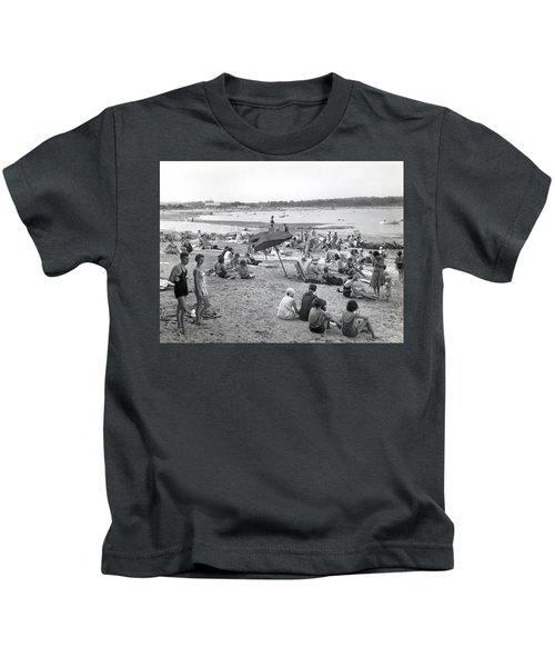 Stamford Shorewood Beach Club Kids T-Shirt