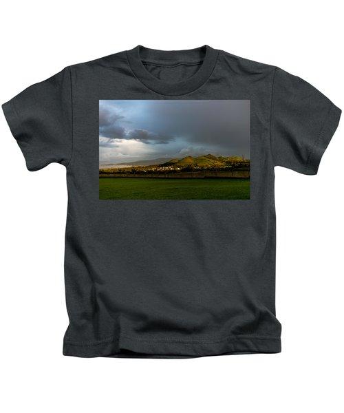 The Light Of Heaven Kids T-Shirt