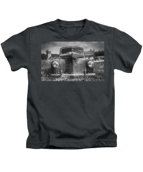 1940 Desoto Deluxe Black And White Kids T-Shirt