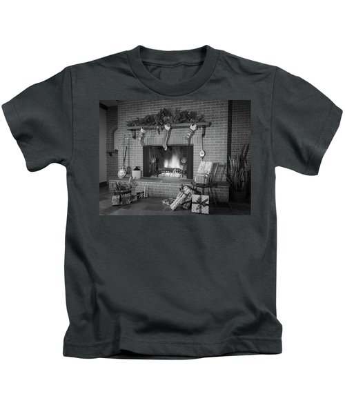 1960s 1970s Stockings Hung By Fireplace Kids T-Shirt