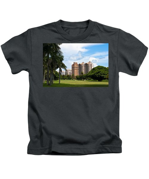 1st Hole At Granada Golf Course Kids T-Shirt