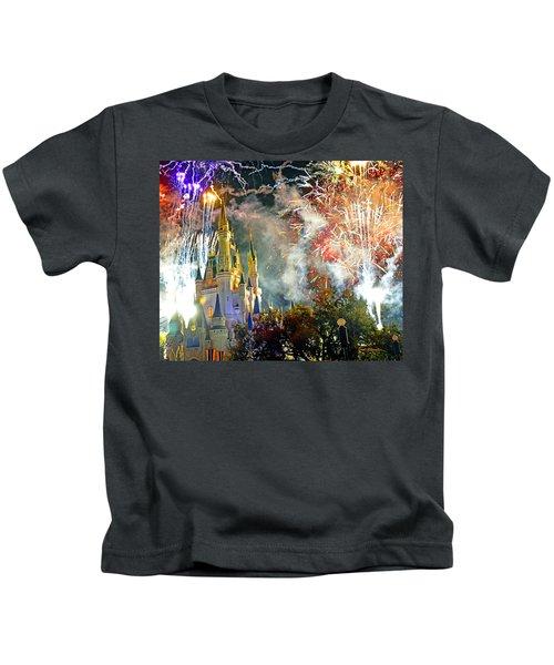 Fireworks Cinderellas Castle Walt Disney World Kids T-Shirt