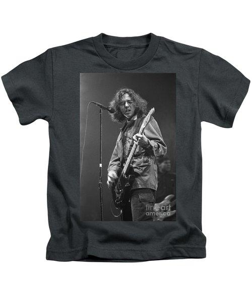 Pearl Jam Kids T-Shirt by Concert Photos