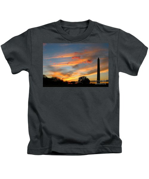 Evening Washington Monument Kids T-Shirt