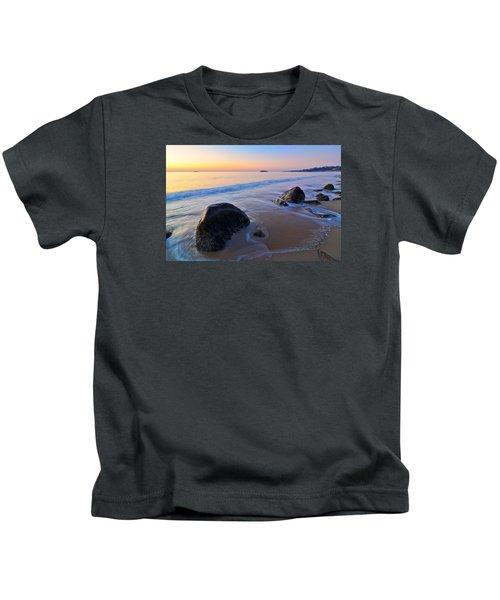 A New Day Singing Beach Kids T-Shirt
