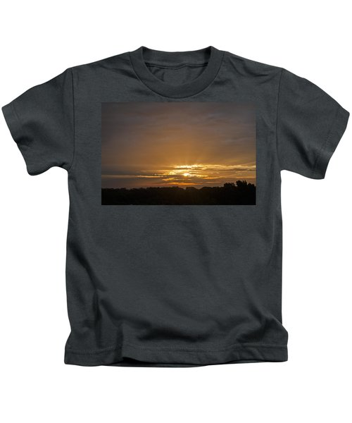 A New Day - Sunrise In Texas Kids T-Shirt