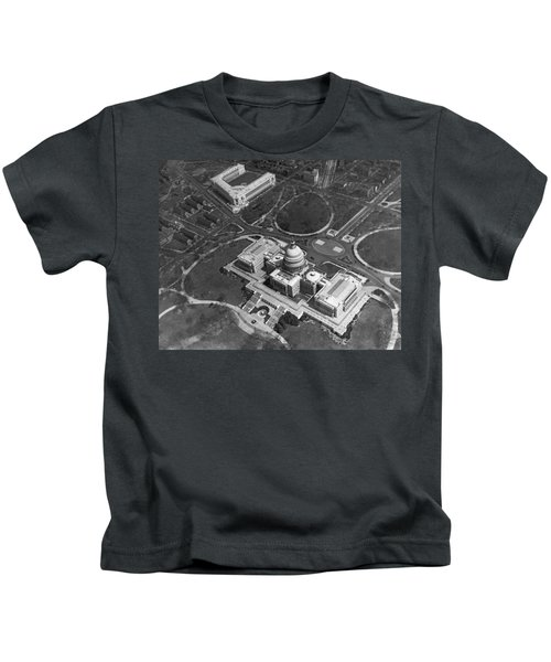 Aerial View Of U.s. Capitol Kids T-Shirt by Underwood Archives