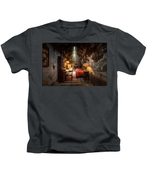 Al Capone's Cell - Historical Ruins At Eastern State Penitentiary - Gary Heller Kids T-Shirt