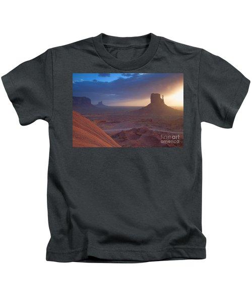 An Open Invitation Kids T-Shirt