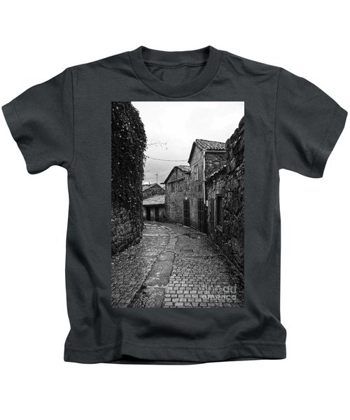 Ancient Street In Tui Bw Kids T-Shirt