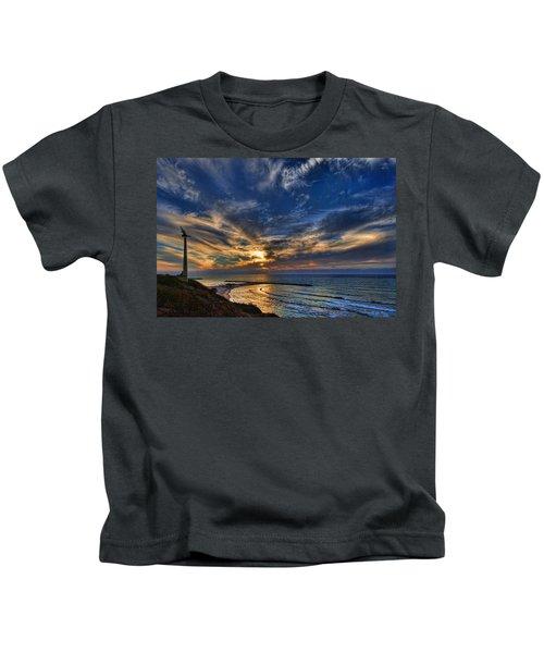Birdy Bird At Hilton Beach Kids T-Shirt