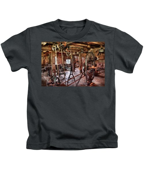 Carpenter - This Old Shop Kids T-Shirt