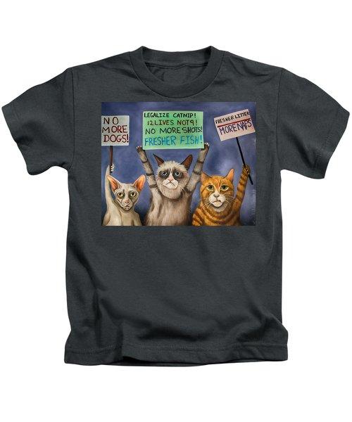 Cats On Strike Edit 3 Kids T-Shirt