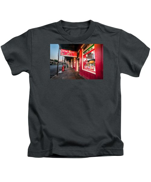 Central Grocery And Deli In New Orleans Kids T-Shirt