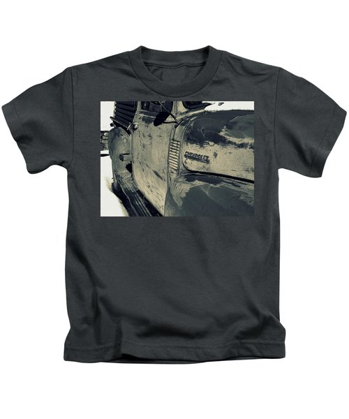 Arroyo Seco Chevy In Silver Kids T-Shirt