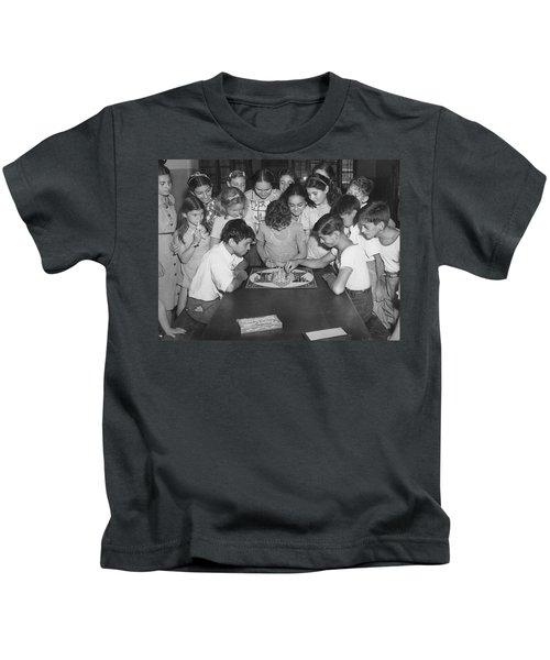 Children Playing Game Kids T-Shirt