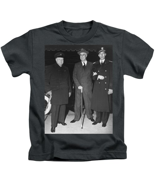 Churchill And Roosevelt Kids T-Shirt by Underwood Archives