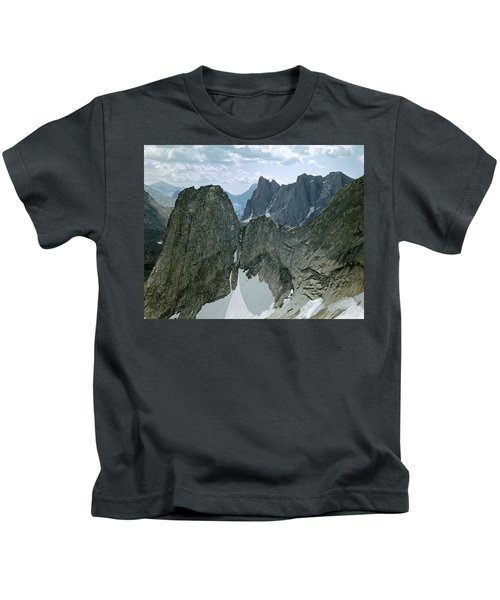209615-cirque Of Towers, Wind Rivers, Wy Kids T-Shirt