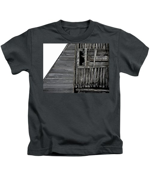 Commons Ford Barn Kids T-Shirt
