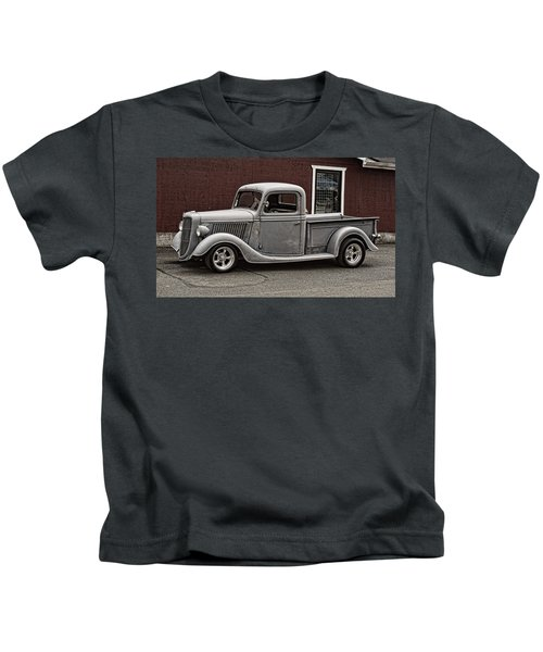 Cool Little Ford Pick Up Kids T-Shirt