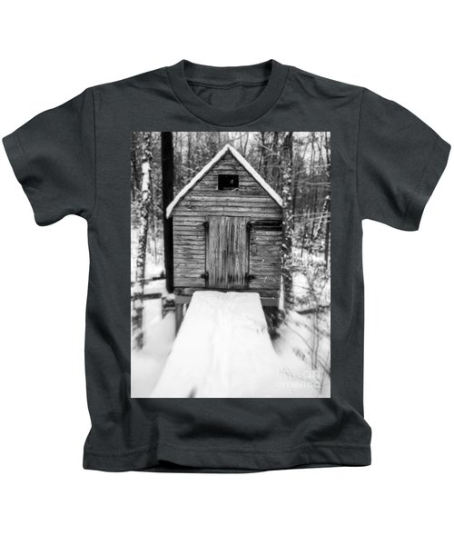 Creepy Cabin In The Woods Kids T-Shirt