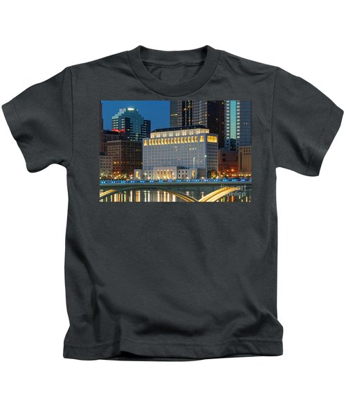D2l496 Columbus Ohio Night Skyline  Kids T-Shirt